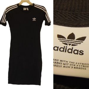 +++SOLD+++Adidas 3-Stripes Dress Medium